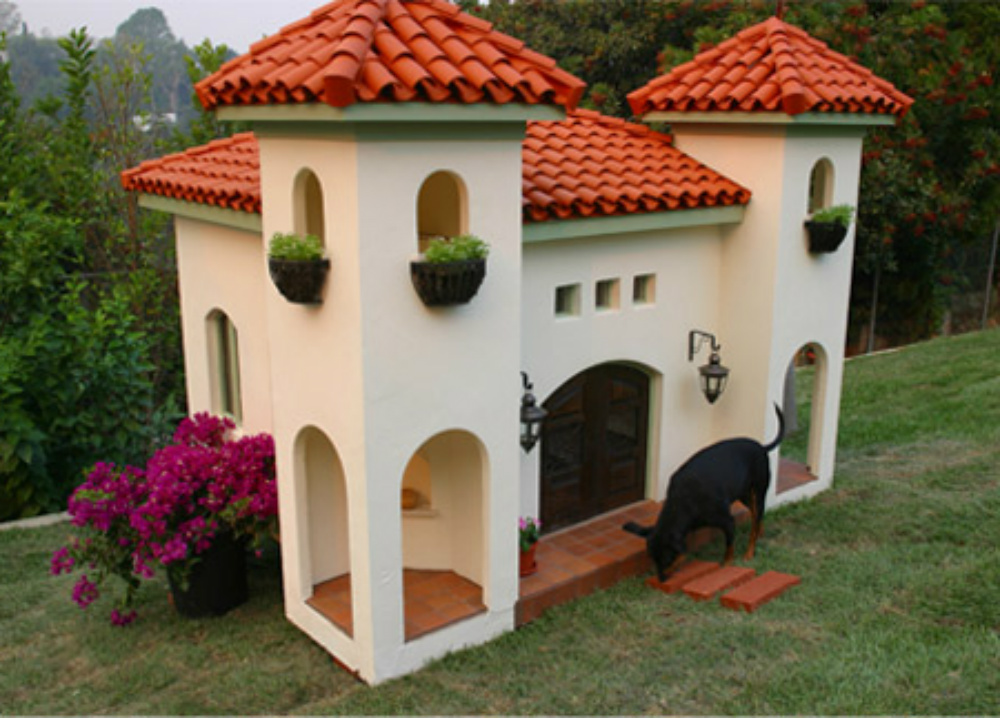 celebrity hacienda dog house